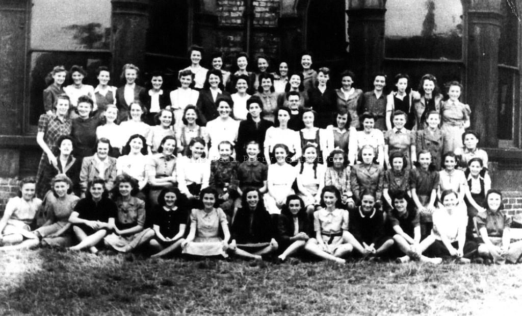 St Agnes young women's guild 1944